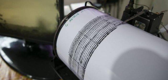 """Σε … διαδικτυακά """"χαρακώματα"""" Τσελέντης και Παδόπουλος – Τί έχει συμβεί με τους δύο σεισμολόγους"""