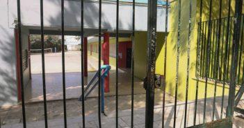 Σχολεία: Οι προβληματισμοί για το άνοιγμά τους – Τι ξέρουν οι επιστήμονες και τι όχι