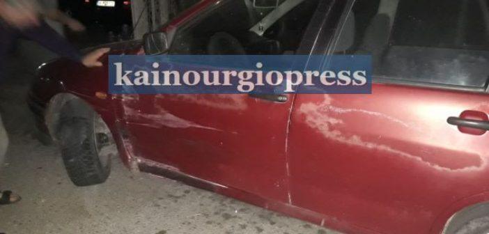 Καινούργιο: Τρόμος από τρελή πορεία αυτοκινήτου,τράκαρε με σταθμευμένο αυτοκίνητο και κατέληξε σε αυλή οικίας (ΦΩΤΟ)
