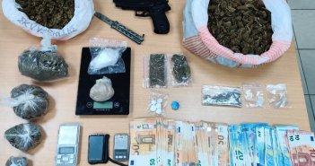 """Δυτική Ελλάδα: """"Ξήλωσαν"""" δύο εγκληματικές ομάδες που διακινούσαν ναρκωτικά στην Ηλεία"""