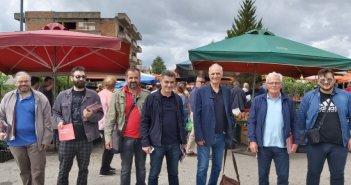 Επίσκεψη σε λαϊκή του Αγρινίου από κλιμάκιο του ΣΥΡΙΖΑ (ΦΩΤΟ)