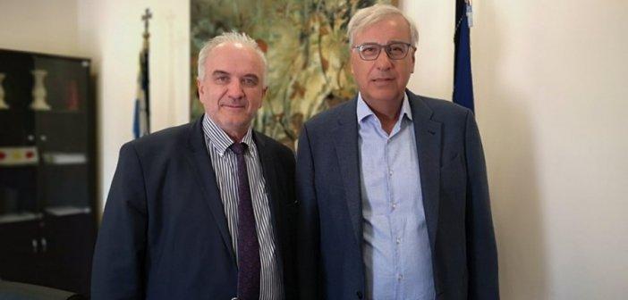 Οικονομικούς επιθεωρητές  ζήτησε ο Κώστας  Λύρος από τον Γ.Γ. του Υπουργείου Εσωτερικών
