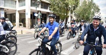 Σε καλό timing για τον Γ. Παπαναστασίου η ποδηλατάδα των δημάρχων