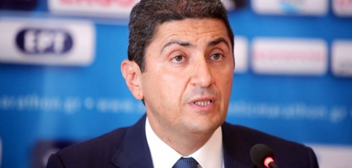 "Superleague: ""Οπαδούς στα γήπεδα με ευθύνη όλων"" είπε ο Αυγενάκης (VIDEO)"
