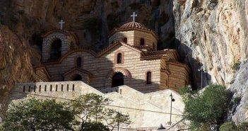 Τέλεση Θείας Λειτουργίας στην Ιερά Μονή Αγίας Ελεούσης Κλεισούρας Μεσολογγίου
