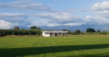 Αγρίνιο: Βελτιώσεις στον χλοοτάπητα του γηπέδου Καλυβίων