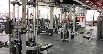 Στις 15 Ιουνίου ανοίγουν τα γυμναστήρια, στις 29 οι κατασκηνώσεις – Ξανά μουσική και αλκοόλ στις παραλίες
