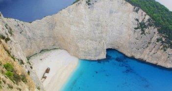 """""""Κλαίνε"""" ξενοδόχοι σε νησιά του Ιονίου – 600.000 τουρίστες δεν θα πάνε φέτος σε Κεφαλονιά και Ιθάκη"""