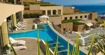Αντίστροφη μέτρηση για τον τουρισμό: Ανοίγουν τις πόρτες τους τα ξενοδοχεία