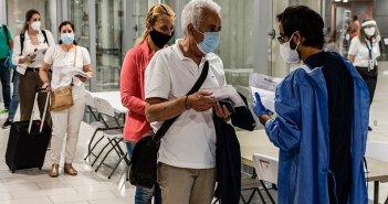 Κορωνοϊός: Παγκόσμια ανησυχία από την αύξηση κρουσμάτων – «Η πανδημία δεν έχει φτάσει ακόμη στην κορύφωσή της»