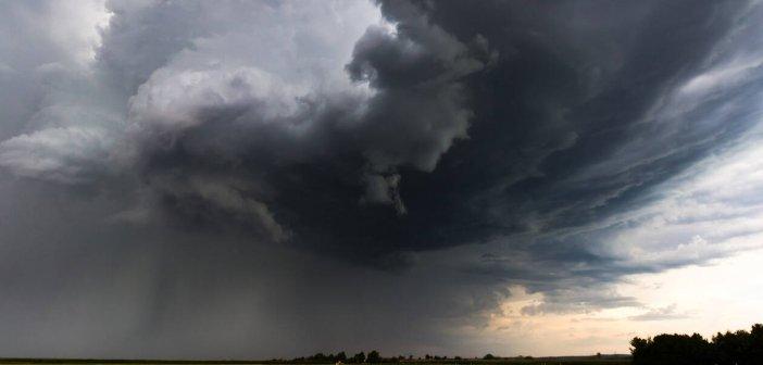 Καιρός: Βροχές και καταιγίδες σήμερα – Πού θα πέσει χαλάζι