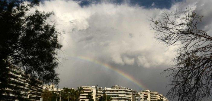 Καιρός σήμερα: Αίθριος με τοπικές βροχές και καταιγίδες