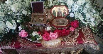 Τα ιερά λείψανα των Αγίων Χαραλάμπους & Νικηφόρου του Λεπρού στην Αγία Τριάδα Αγρινίου (ΔΕΙΤΕ ΦΩΤΟ)