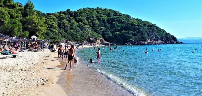 Κορωνοϊός – Καλοκαίρι: Πώς θα πάμε φέτος διακοπές με ασφάλεια