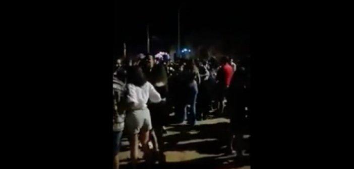 Δυτική Ελλάδα – Κορονοϊός: Yπαίθριο πάρτι με περισσότερα από 1.000 άτομα στην Πλαζ της Πάτρας (ΒΙΝΤΕΟ)