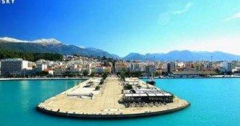 Δυτική Ελλάδα: Λιμενικός έσωσε γυναίκα που έπεσε στη θάλασσα από τον Μόλο της Πάτρας