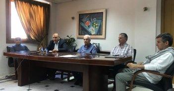 Ναύπακτος: Συνέντευξη τύπου για τη σοβαρή ασθένεια των πλατάνων