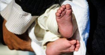 Ηγουμενίτσα: 2χρονο παιδί πνίγηκε στα κάγκελα της κούνιας του