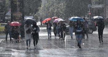 Καιρός σήμερα: Βροχές και καταιγίδες παντού