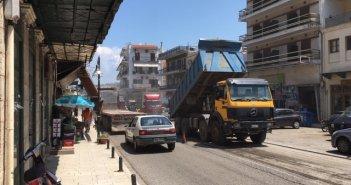Δήμος Αμφιλοχίας: Ξεκίνησαν οι εργασίες αποκατάστασης του οδοστρώματος στην είσοδο της πόλης (ΦΩΤΟ)