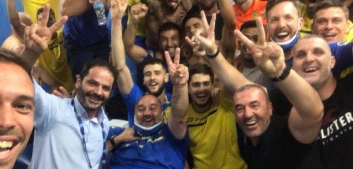 Χαμός στα αποδυτήρια της Ν. Σμύρνης από τους παίκτες του Παναιτωλικού (VIDEO)