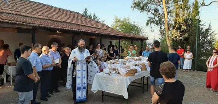 Ρίγανη Ξηρομέρου: Γιορτάζει σήμερα του εκκλησάκι της Αγίας Παρασκευής (ΦΩΤΟ)