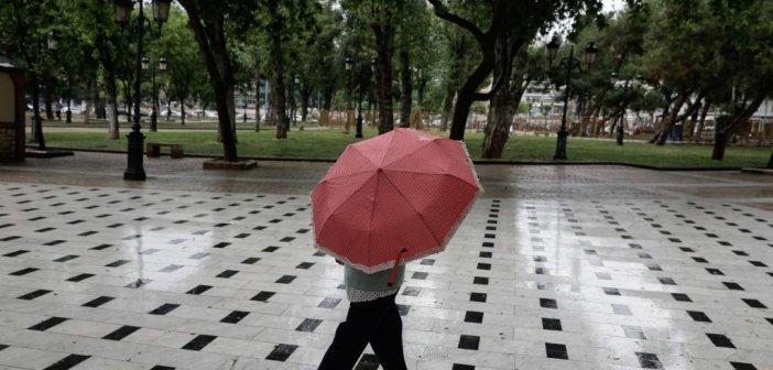 Καιρός: Μετά τον καύσωνα έρχονται βροχές και καταιγίδες