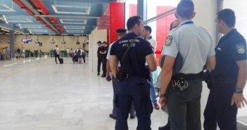 Συλλήψεις Τούρκων στο αεροδρόμιο του Ακτίου