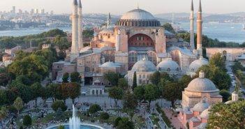 Δημοτικό Συμβούλιο Θέρμου: Ψήφισμα διαμαρτυρίας για τη μετατροπή της Αγίας Σοφίας σε τζαμί