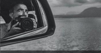 Εγκαινιάστηκε η νέα έκθεση φωτογραφίας «Θάλασσα» του Νίκου Αλιάγα