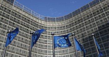 Κομισιόν: Προειδοποιητική επιστολή σε Ελλάδα και άλλες εννέα χώρες για τα τα ταξιδιωτικά vouchers