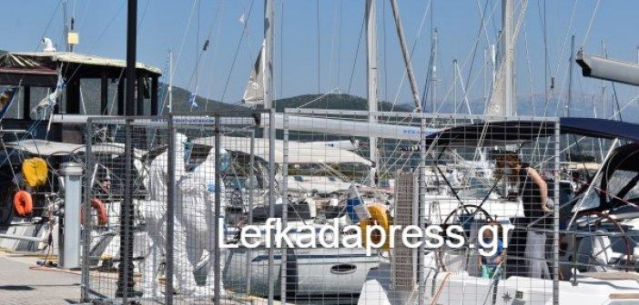 Λευκάδα: Στο ξενοδοχείο καραντίνας η 5μελής οικογένεια του Σέρβου κυβερνήτη του σκάφους
