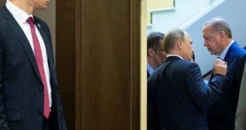 """Ο Πούτιν """"στρίμωξε"""" τον Ερντογάν για την Αγιά Σοφιά – Η δέσμευση του Τούρκου προέδρου"""