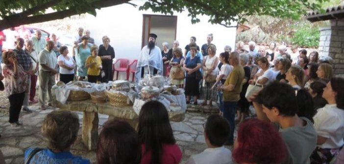 Αμφιλοχία: Γιόρτασε το εξωκλήσι του Αγίου Παντελεήμονα (ΦΩΤΟ)