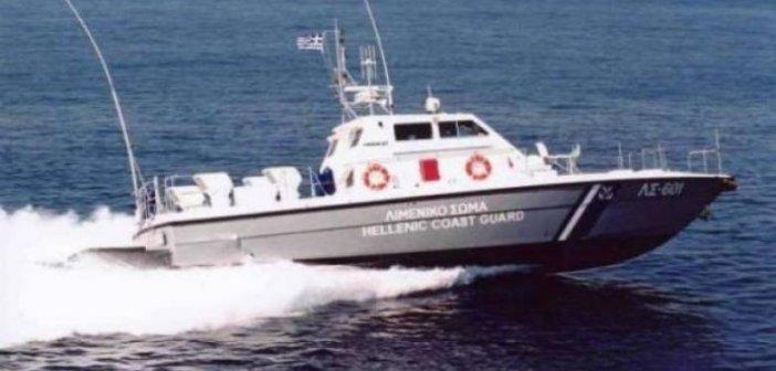 Πλατυγιάλι: Βυθίστηκε βοηθητικό σκάφος ιχθυοκαλλιέργειας