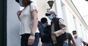 Νέες μαρτυρίες για τον ψευτογιατρό: «Με βρήκε στον διάδρομο της εντατικής» – Απείλησε «συνάδελφό» του