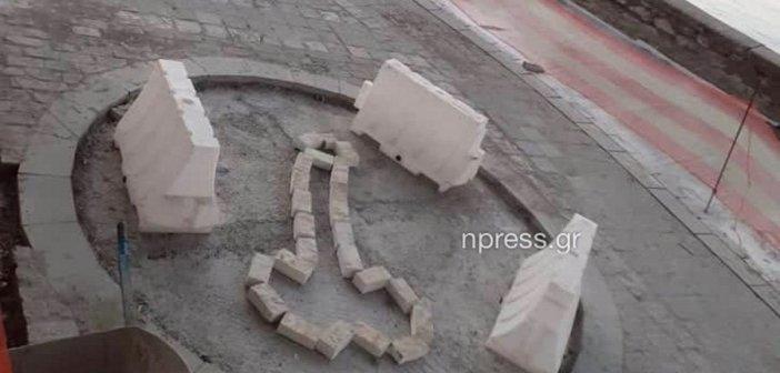 Ναύπακτος: Πιτσιρικάδες σχεδίασαν… ανδρικό μόριο σε πεζόδρομο! (ΦΩΤΟ)