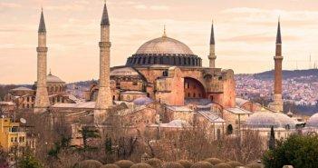 Η άγνωστη συνάντηση Ελλάδας, Τουρκίας, Γερμανίας για την Αγιά Σοφιά και τις τουρκικές προκλήσεις