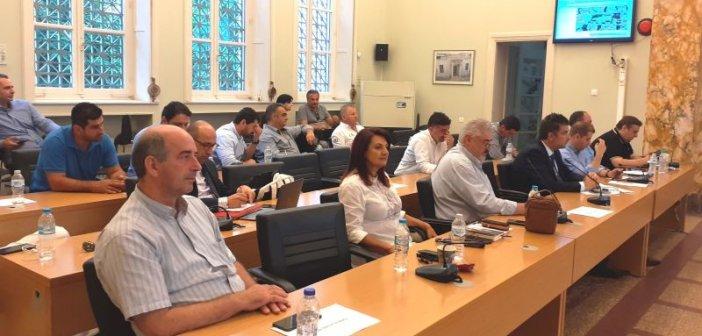 Δημοτικό Συμβούλιο Αγρινίου: Συζήτηση και προβληματισμός για τη λειτουργία των πεζοδρόμων