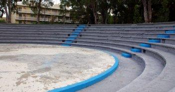 Μεσολόγγι: Τραγελαφικές καταστάσεις σε παράσταση στο θεατράκι του λιμανιού