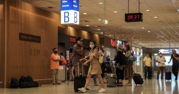 Κρούσματα κορωνοϊού: «Χαμηλές πτήσεις» στους τουρίστες – Παραμένει η «πυρκαγιά» στην Ξάνθη
