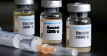 Κορονοϊός: Διπλή προστασία από το εμβόλιο που φτιάχνουν το πανεπιστήμιο της Οξφόρδης και η AstraZeneca
