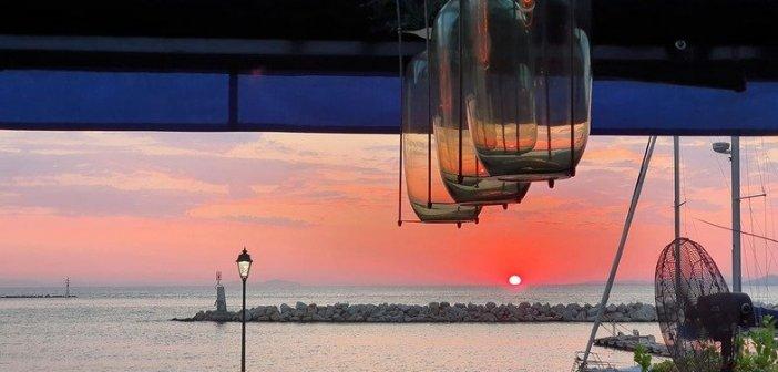 Δυτική Ελλάδα: Το υπέροχο ηλιοβασίλεμα της Πάτρας (ΦΩΤΟ)