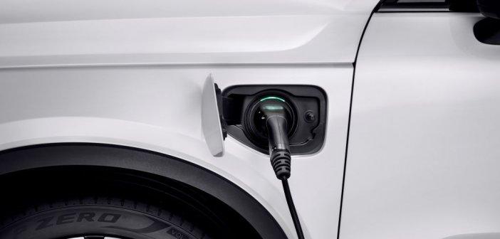 Ηλεκτροκίνηση: Πώς μπορείτε να αγοράσετε με επιδότηση ηλεκτρικά οχήματα
