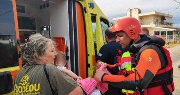 """""""Αυτό που ζήσαμε ήταν τραγικό""""– Τι λέει ο Πυροσβέστης που έσωσε το μωράκι στην Εύβοια"""