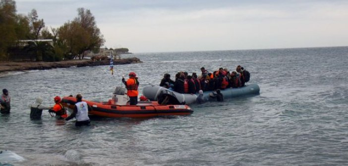 Συναγερμός στη Μυτιλήνη: 17 νεοαφιχθέντες πρόσφυγες θετικοί στον κοροναϊό