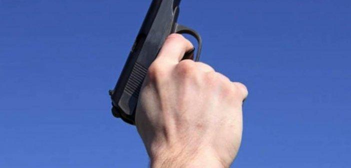 Φθιώτιδα: Αστυνομικός πυροβόλησε επειδή τον ενοχλούσε ο θόρυβος!
