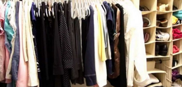 Κρήτη: Πέταξε στα σκουπίδια 25.000 ευρώ! Τα παλιά ρούχα στη ντουλάπα ήταν γεμάτα χαρτονομίσματα