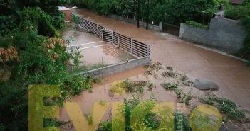 Εικόνες βιβλικής καταστροφής στην Εύβοια: Δύο νεκροί από τις πλημμύρες – Δεκάδες οι εγκλωβισμένοι
