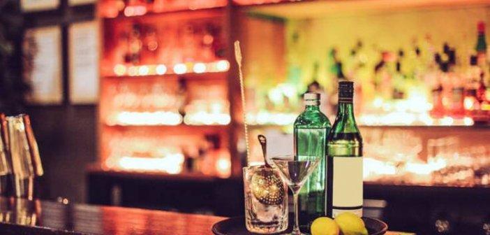 Πρώτη «καμπάνα» σε μπαρ για ωράριο στα Χανιά – Πρόστιμο 10.000 ευρώ και λουκέτο για 3 μέρες